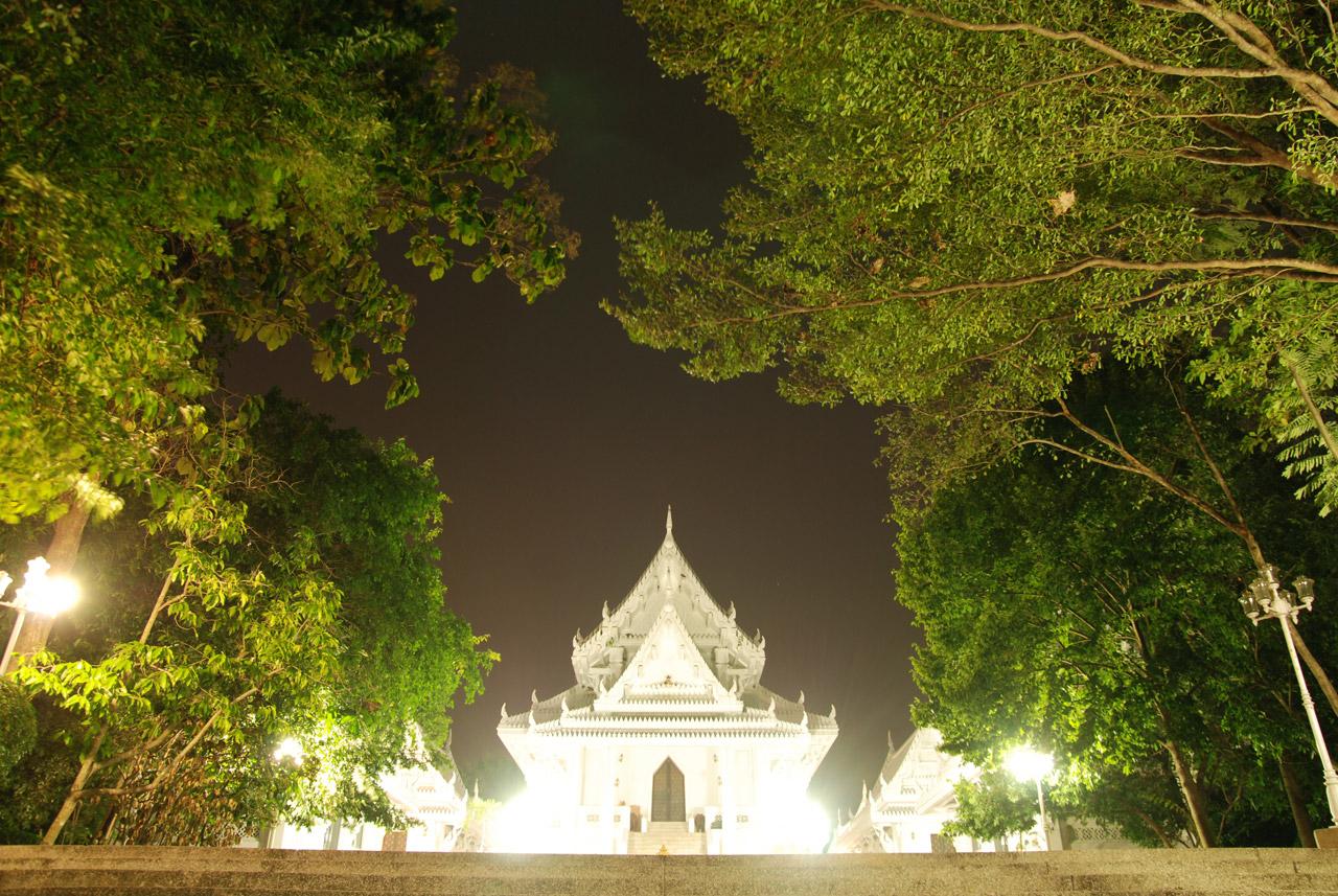 Ubosota Hall at night